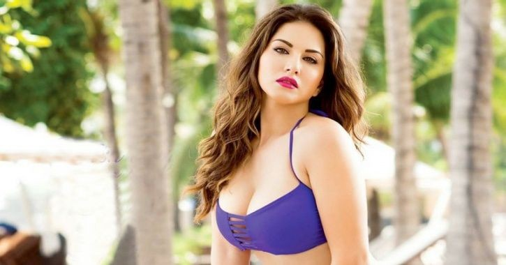 sunny_leone_is_all_set_to_expose_her_controversial_secrets_in_first_teaser_of_her_webseries_1530445688_725x725.jpg